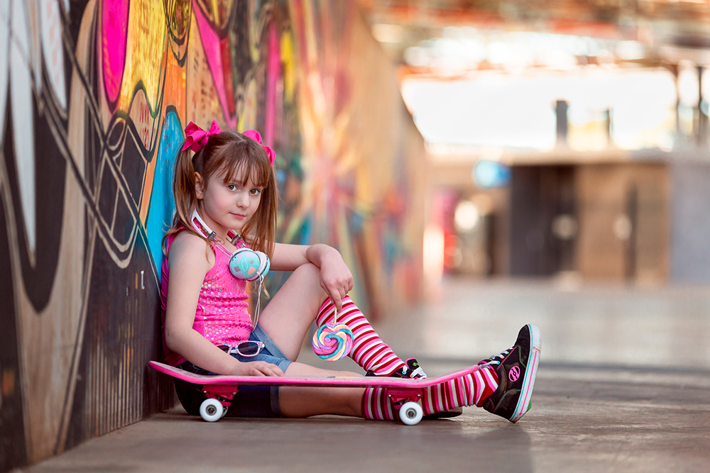 Graffiti-Skater-Girl-1000